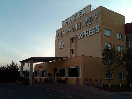 Quinta del Rey Express: Fachada 2