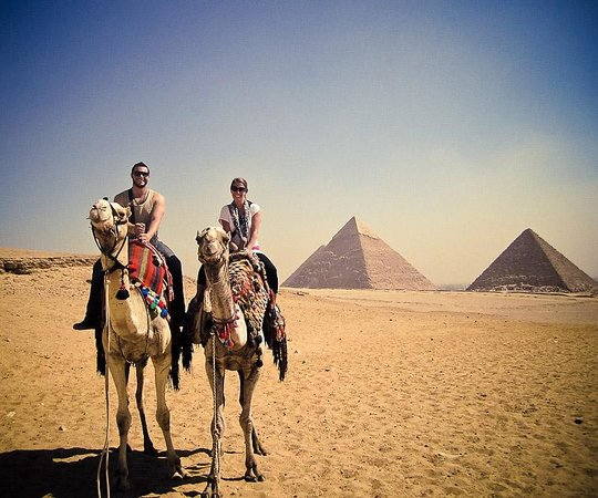 Egypt Fun Tours Day Trips: Camels & the Pyramids!