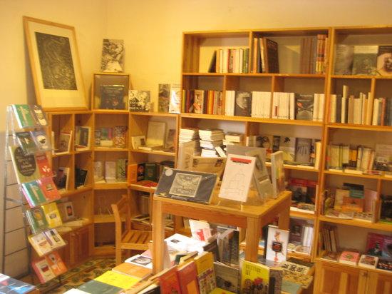 La Jicara: Librería La Jícara