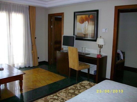 Hospederia Real De Bejar: le bureau dans la chambre
