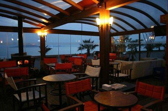 Kafe Bahane