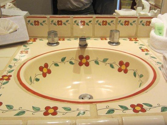Tropicana Inn : Sink