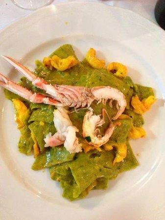 Bati Bati: lasagnette verdi scampi e zafferano