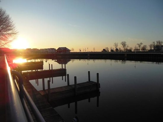 Harbor Winds: Sun-up on the river