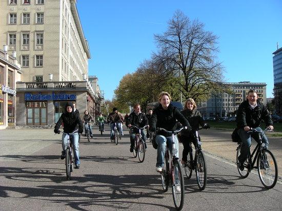 Berlin KonTouren Stadtfuhrungen