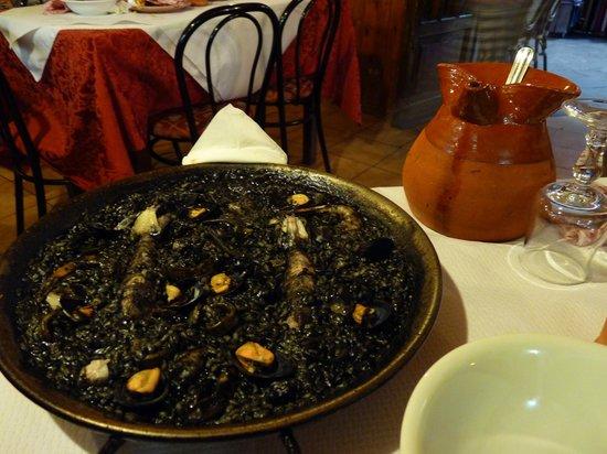 Casa Fernandez : paella al nero di seppia...DOLCISSIMA!