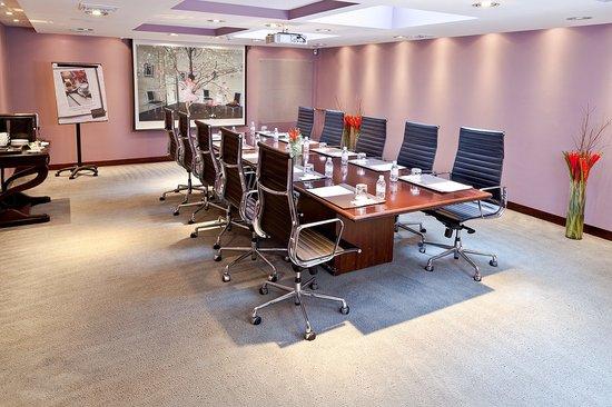 Sofitel Bogota Victoria Regia: Heliconias Meeting Room