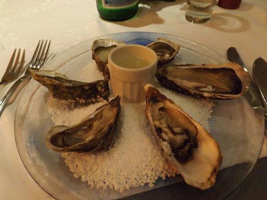 Au Vieux Fourneau: excellent oysters