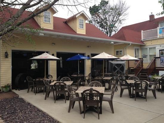 Unkorked Wine Garden Wentzville Restaurant Reviews Photos Tripadvisor