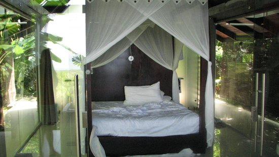 Oxygen Jungle Villas: Villa room