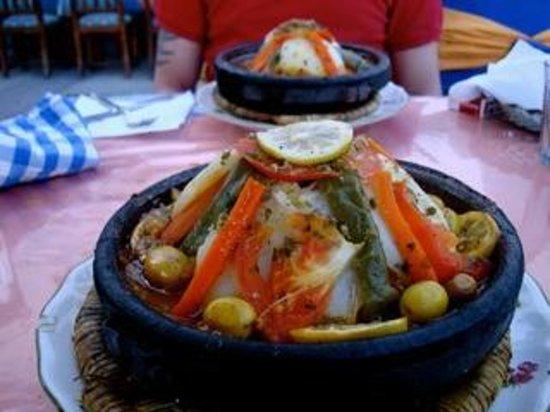Etoile D Agadir: Chicken Tagine