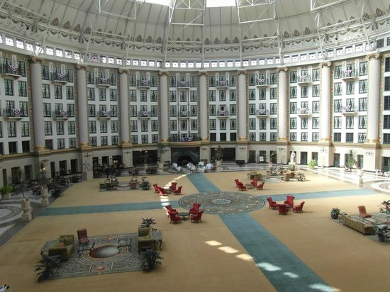 West Baden Springs Hotel: The magnificent atrium