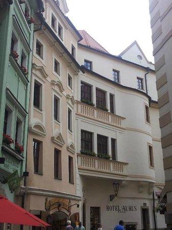 Aurus: Exterior of hotel