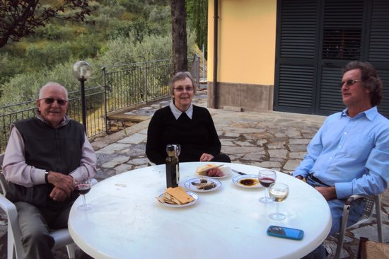Agriturismo La Maesta: How to relax in Tuscany.....very easy!