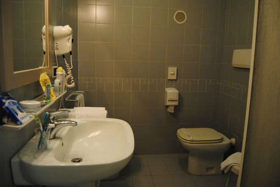 Gialletti: baño