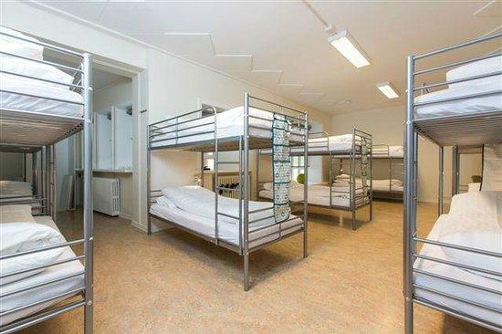 Hostel B47: Dormitory