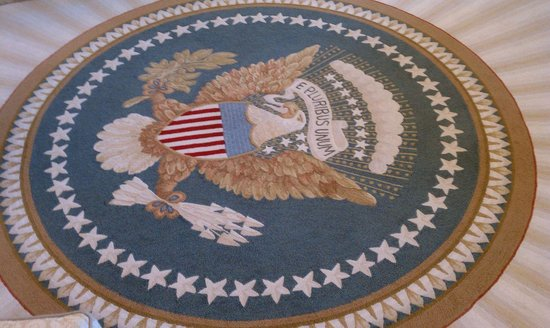 oval office carpet. The George W. Bush Presidential Library And Museum: Oval Office Carpet