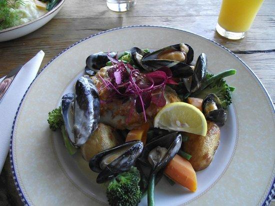 The Jolly Fisherman Pub: Great presentation