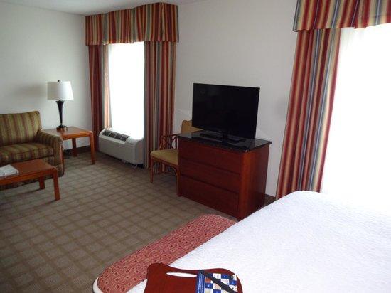 Hampton Inn Myrtle Beach - Broadway At the Beach: Hotel Room
