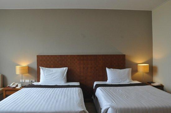 Sunee Grand Hotel: Room 711