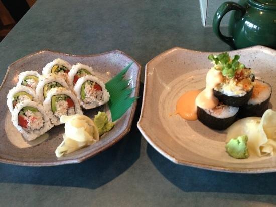 Wasabiya Japanese Sushi Cafe: Campbell River roll & Volcano roll