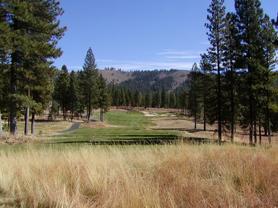 Grizzly Ranch Golf Club : The Par 3 6th Hole