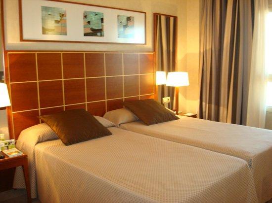 Eurostars Gran Madrid: excelente cama