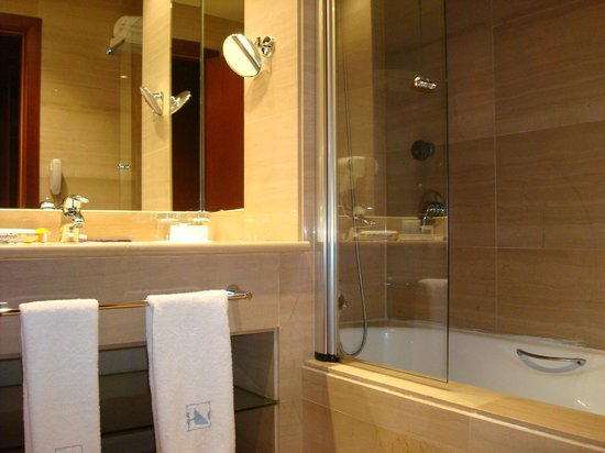 Eurostars Gran Madrid: baño de lujo