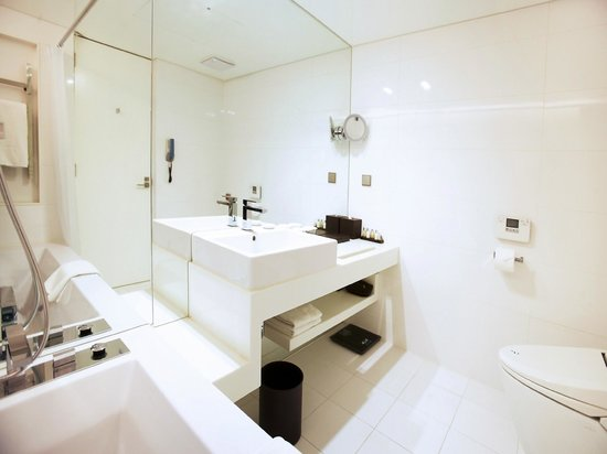 THE PLAZA Seoul, Autograph Collection: Premier Suite_Bathroom