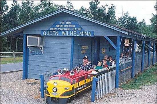 taking a train ride on queen wilhelmina picture of. Black Bedroom Furniture Sets. Home Design Ideas