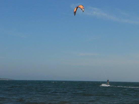 Cape Cod Ocean Manor: Kite Boarding off Kalmus Beach
