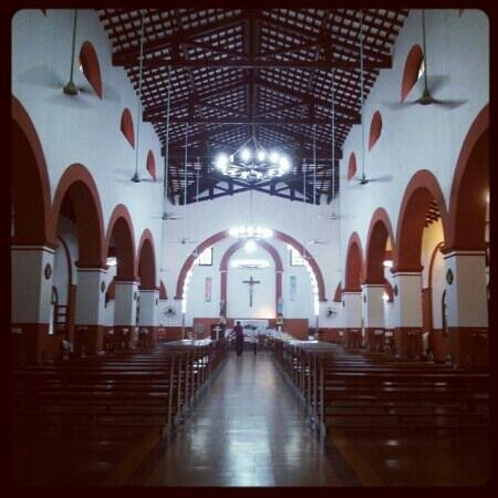 Paraguai: Iglesia de Ybycui, Paraguay