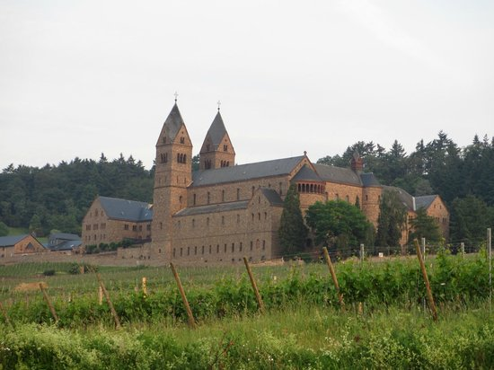 Benedictine Abbey of St. Hildegard : Early morning view of the Abbey