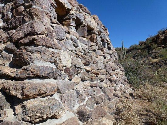 Red Hills Visitor Center: Rock Structure in Saguaro National Park.