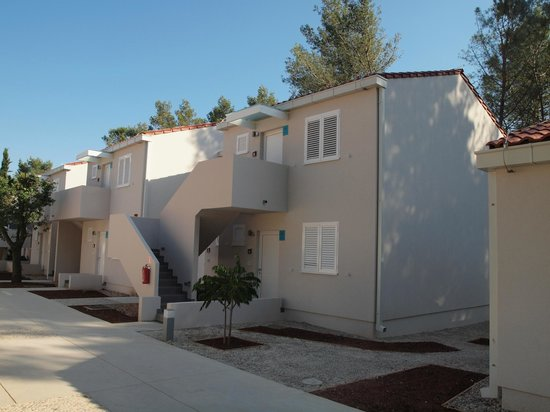 Zaton Holiday Resort: New 4 stars apartments