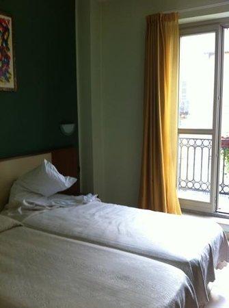 Eco Art Hotel Statuto: habitacion