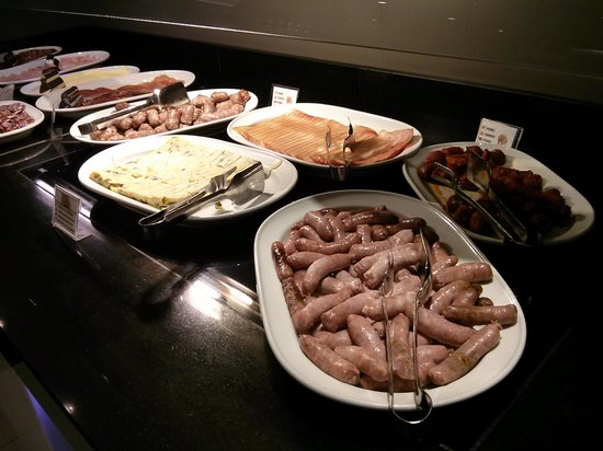 Hotel Ciutadella Barcelona: breakfast buffet