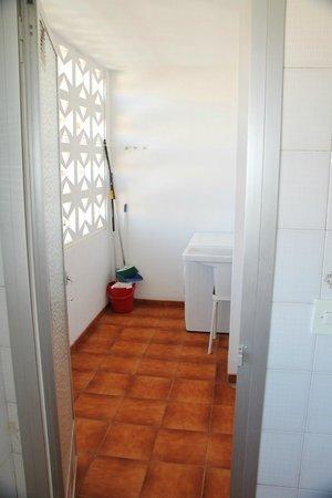 Apartamentos Michel Angelo : Washing room