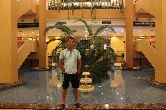 Hotel Ozkaymak Incekum: В холе