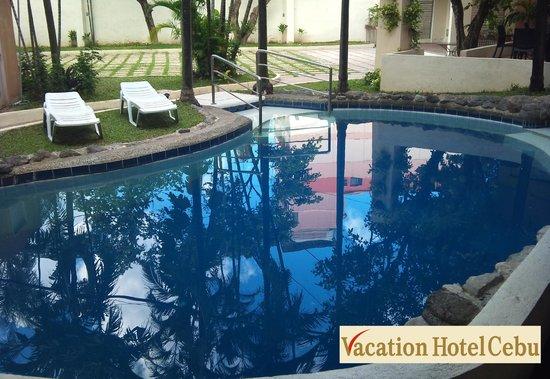 Swimming pool - Diamond suites cebu swimming pool ...
