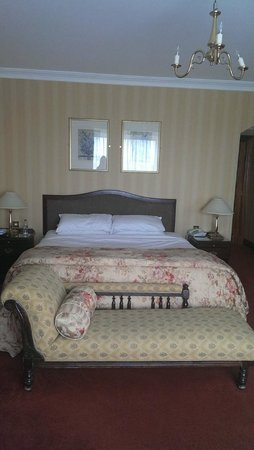 Glenlo Abbey Hotel: Room 302