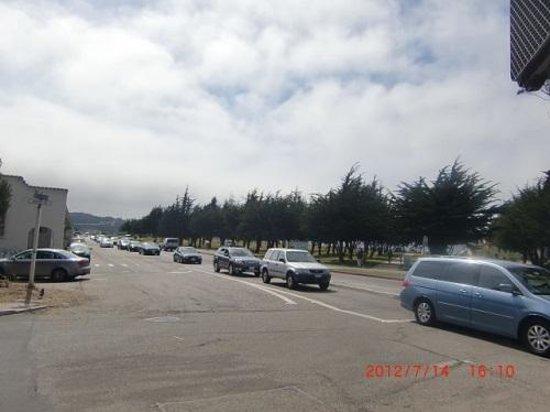 Marina District: マリーナ地区の通り