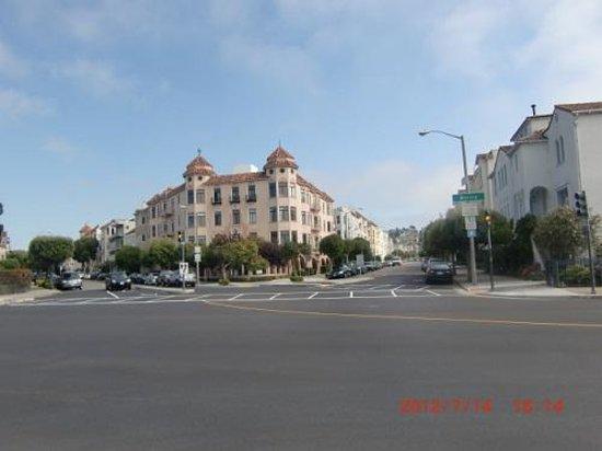 Marina District: マリーナ地区の住宅