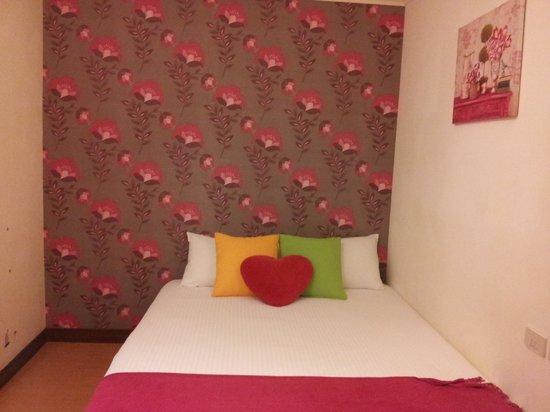Hualien Sunrise Hostel: the bed
