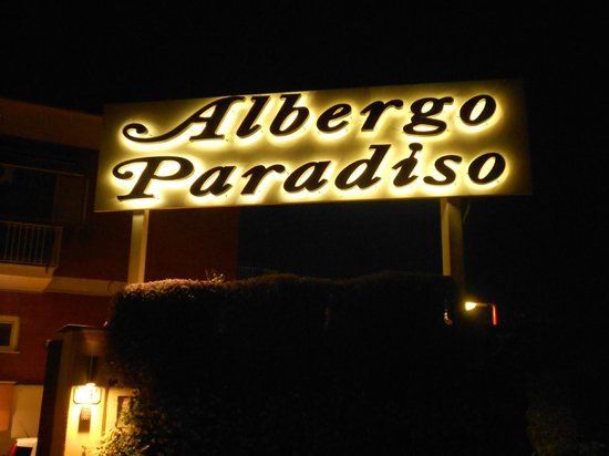 Albergo Paradiso: Outside