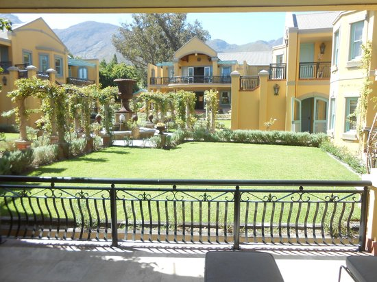 Franschhoek Country House & Villas: View from the terrace of our villa