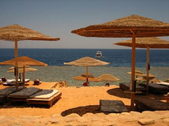 Ras Um Sid : El fanar beach