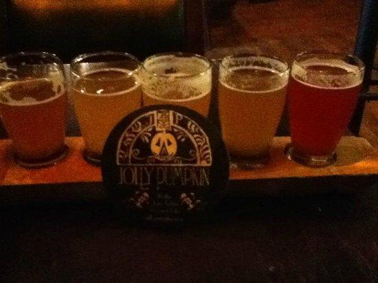 Jolly Pumpkin in Ann Arbor : Flight of beer