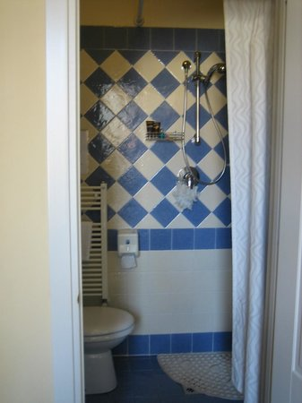 B & B Novecento: The bathroom