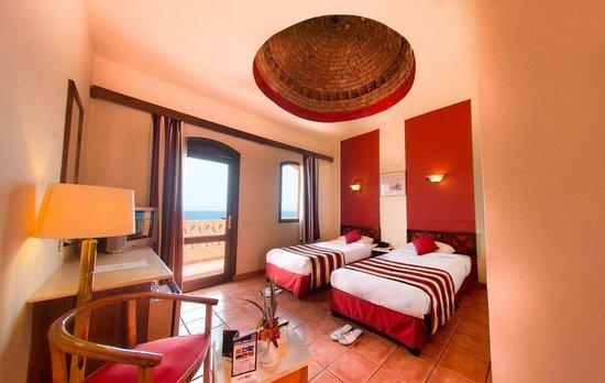 Resta Reef Resort: Sea View Room